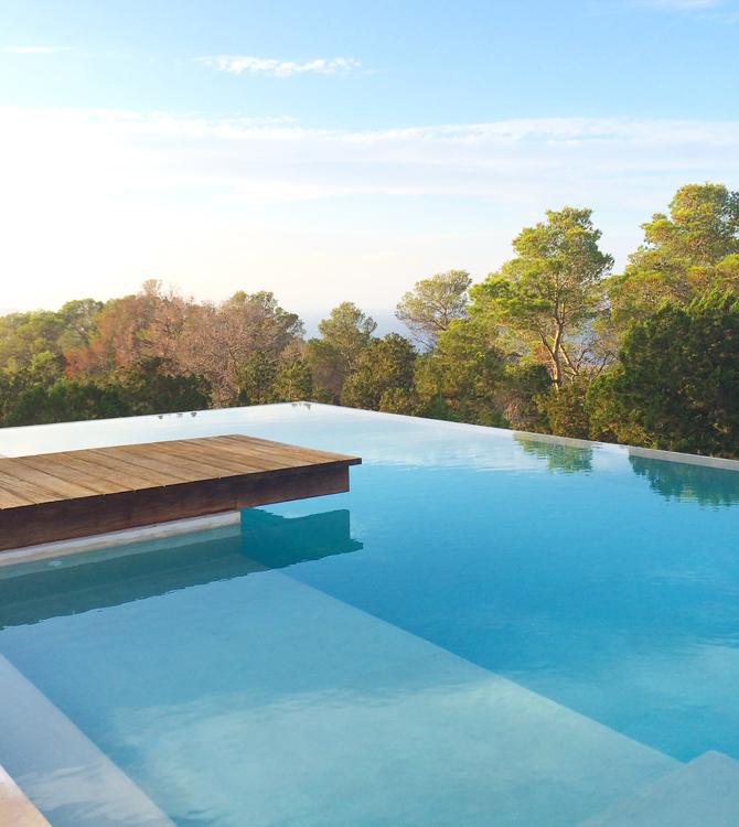 Pool Ibiza x blog