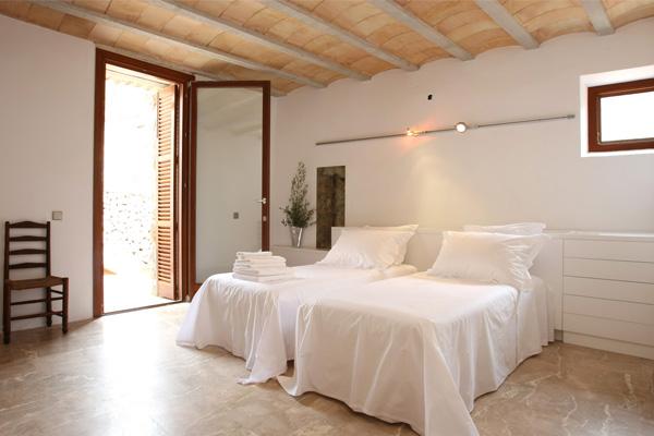 Room DEF Mallorca 2
