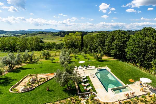 Piscina y campos Toscana bis